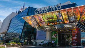 Les casinos de Cannes et de Nice